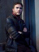 agents_of_shield_season_5_leo_fitz_portrait__by_artlover67-dbv24dw.jpg