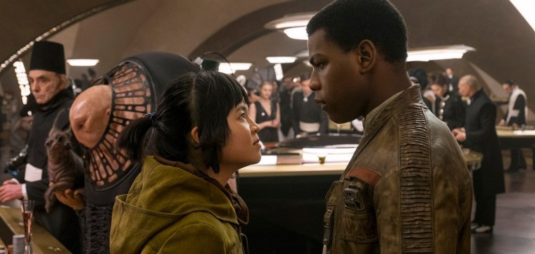 star-wars-the-last-jedi-john-boyega-kelly-marie-tran-e1510331285693.jpg