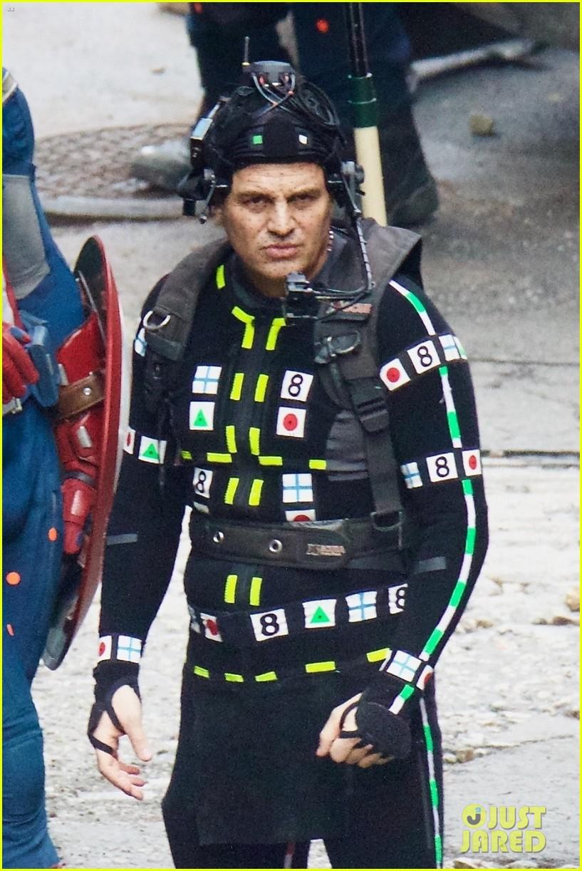 avengers-set-photos-january-10-14.jpg