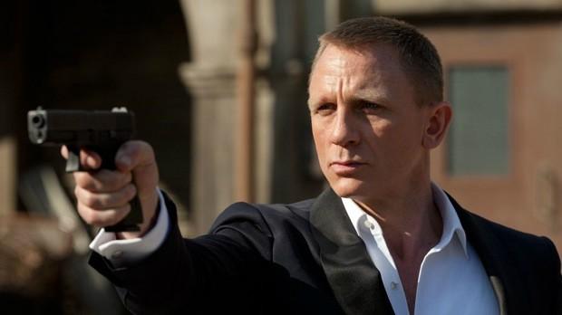Daniel-Craig-in-Skyfall--620x348