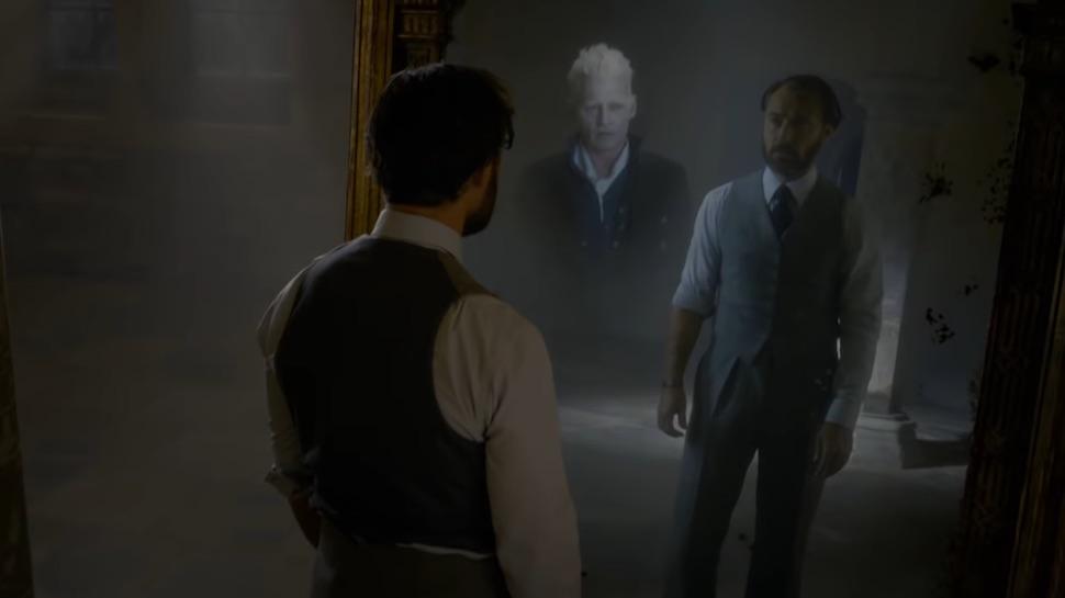 Mirror-of-erised-dumbledore-grindelwald.jpg