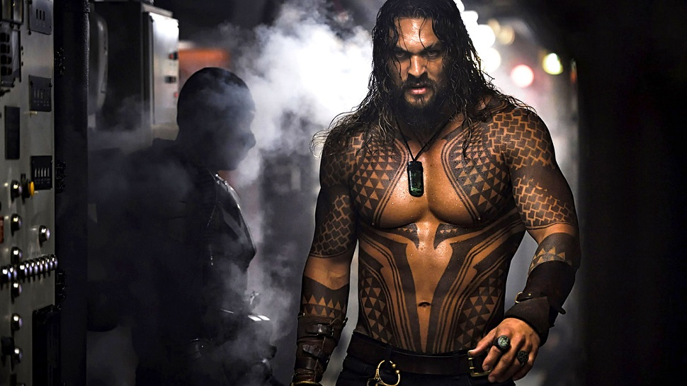 jason-momoa-in-aquaman-2018-kp-1360x768 (1).jpg